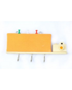 IVEI wooden key holders with a pin board - Yellow Camera