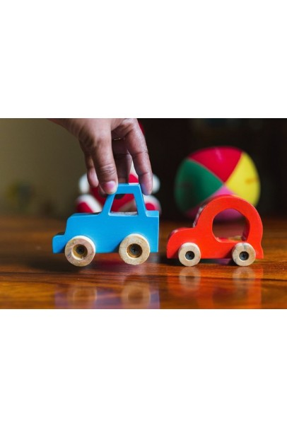 IVEI quirky vehicle based fidget paper weights - set of 2