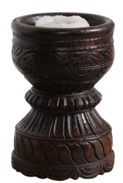 CARVED CANDLE HOLDER (BROWN)