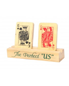 Poker Themed King And Queen Wooden Showpiece